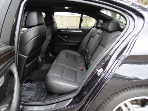 中古車 BMW 5 Series 535 圖片
