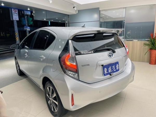 中古車 TOYOTA Prius C 1.5 圖片