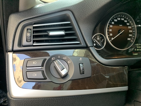 中古車 BMW 5 Series 520 圖片