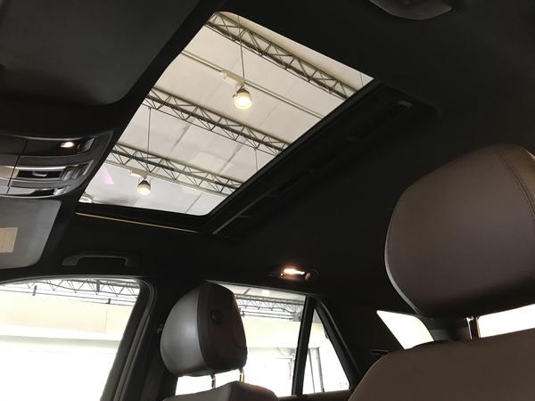 中古車 Benz ML-Class ML350 圖片