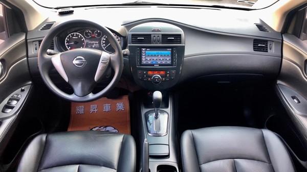 中古車 NISSAN Tiida 1.6 圖片