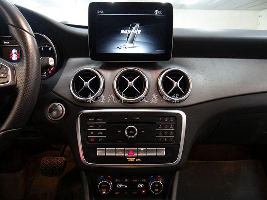 中古車 Benz GLA-Class GLA250 圖片
