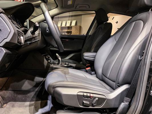 中古車 BMW 2 Series 218i 圖片