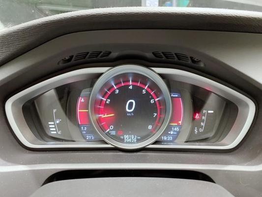 中古車 VOLVO V40 2.0 圖片