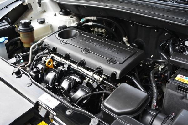 中古車 HYUNDAI ix35 2.4 圖片