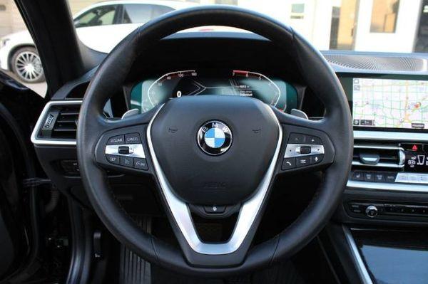中古車 BMW 3 Series 330 圖片