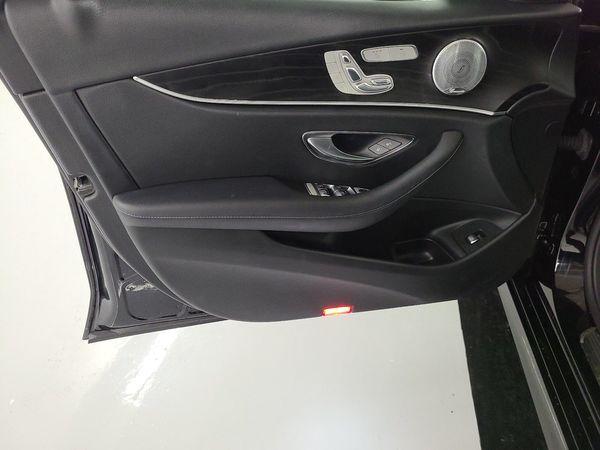 中古車 Benz E-Class 300 E 圖片