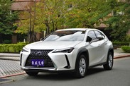 2020 LEXUS UX250H CARPLAY 全速域 保固中《東威》