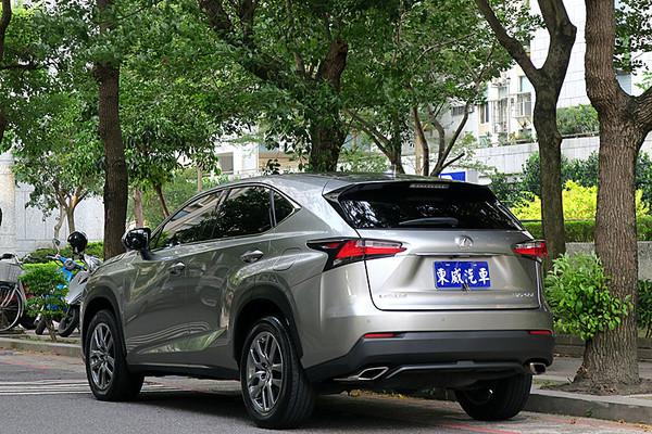 中古車 LEXUS NX Series 200t 圖片