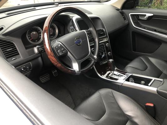 中古車 VOLVO XC60 2.0 圖片