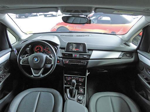 中古車 BMW 2 Series 218d 圖片