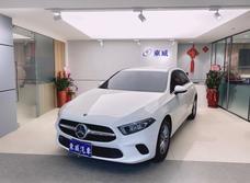 2018 BENZ A180  Apple Car Play原廠保固中《東威》