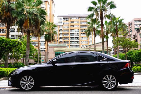 中古車 LEXUS IS Series IS200T 圖片