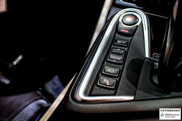 中古車 BMW i Series i8 圖片