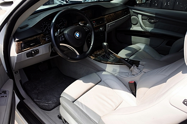 中古車 BMW 3 Series Coupe 335 圖片