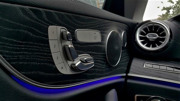 中古車 Benz E-Class Coupe E300 Coupe 圖片