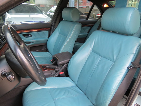 中古車 BMW 5 Series 523 圖片