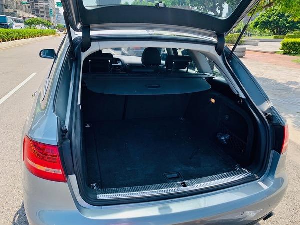 中古車 AUDI A4 Avant 2.0 圖片