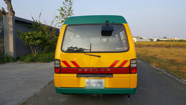 中古車 MITSUBISHI Delica 2.4 圖片